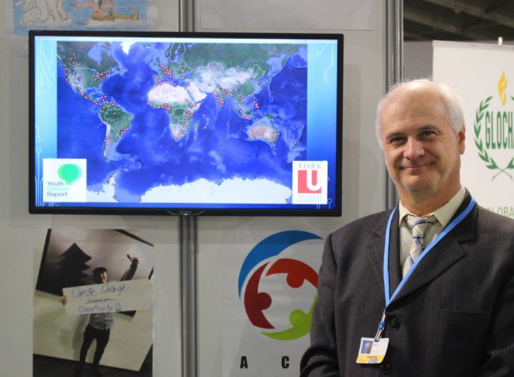 un-youth-booth-cop22-724x531